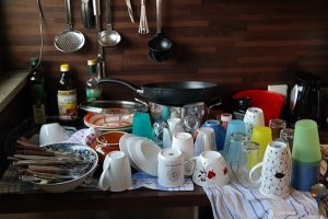 How to manage the house when the domestic helper is on leave